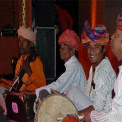 Umaar Mewati  & Band